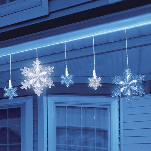 Snowflake Christmas Lights.Enchanted Forest 30 Light Color Changing Snowflakes