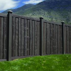 Vinyl Fencing at Menards®