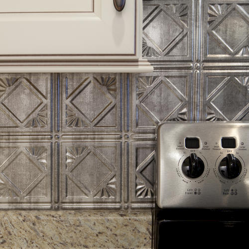 Astonishing Fasade Traditional 4 18 X 24 Vinyl Tile Backsplash In Home Interior And Landscaping Ologienasavecom