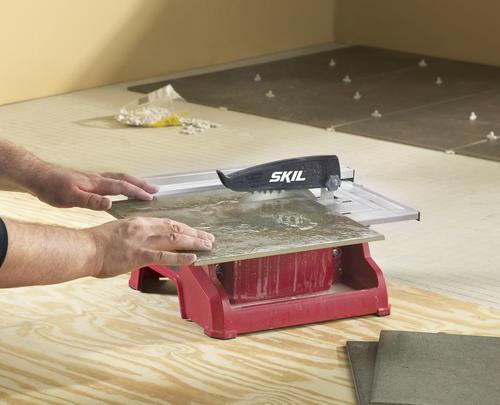 Skilsaw 174 120 Volt 4 2 Amp 7 Quot Wet Tile Saw At Menards 174