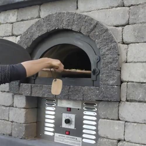 Chicago Brick Oven Hybrid Residential Pizza Oven Diy Kit At Menards