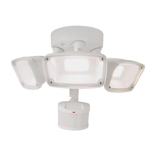 Halo™ White LED Triple Head Motion Sensing Outdoor