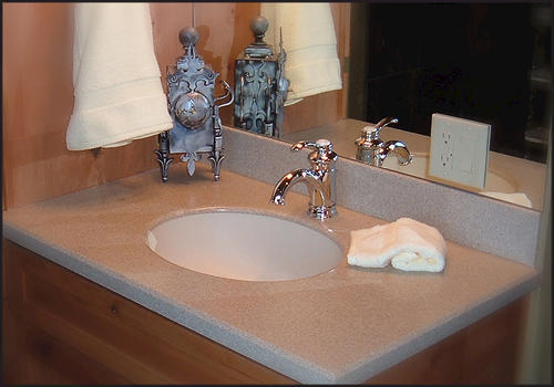 Solid Surface Vanity Top With Undermount Bowl Model Number 4919 C U 222
