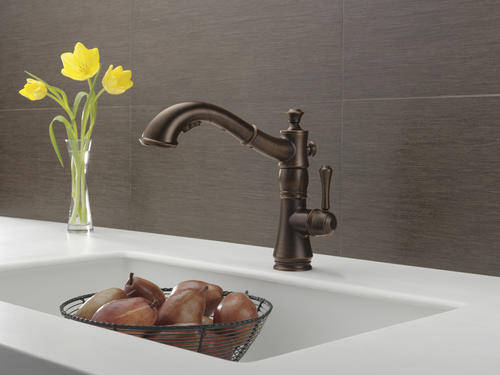 Delta Cassidy One Handle Pull Out Kitchen Faucet At Menards