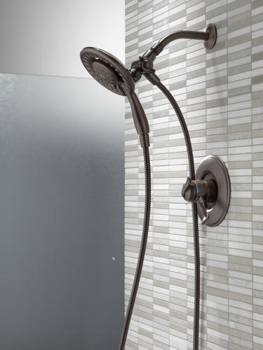 Delta 174 Linden In2ition 174 One Handle 3 Spray Shower Faucet