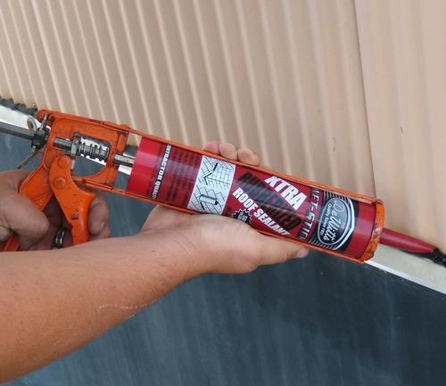 DeWitt Professional Grade SBS Roof Sealant-10 1 oz at Menards®