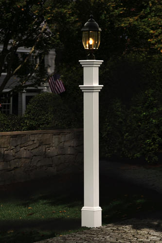 Portsmouth White Vinyl Lamp Post