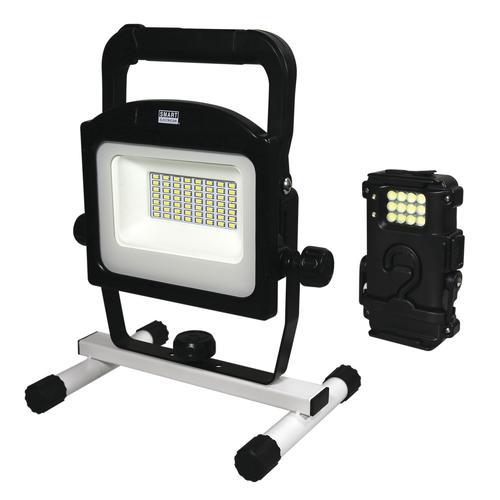 Smart Electrician® 2000 Lumen Rechargeable LED Work Light