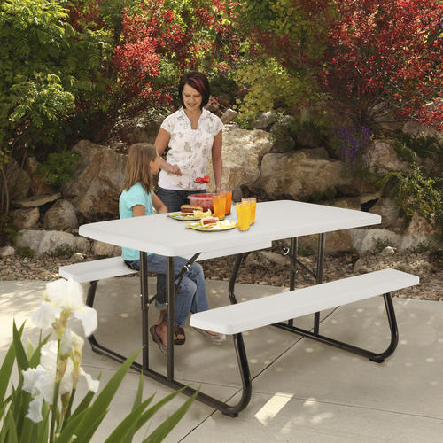 Lifetime 174 5 Folding Picnic Patio Table At Menards 174
