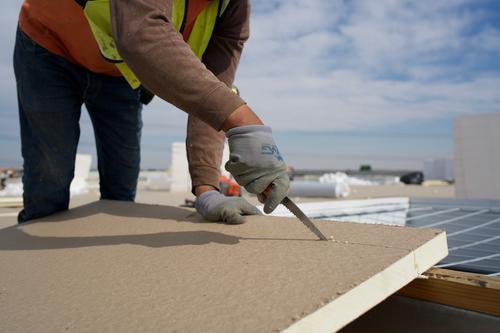 Johns Manville Fiberglass Face Polyiso Roof Decking Insulation 4 X 8 At Menards