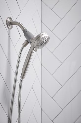 Moen Tiffin Magnetix One Handle Six Spray Handheld Shower Tub
