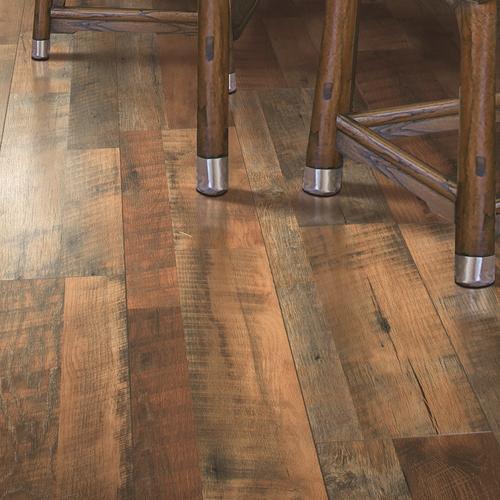 Mohawk Grand Haven 7 12 X 47 14 Laminate Flooring 1718 Sqft