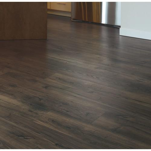 Mohawk Richland 7 1 2 X 54 11 32 Laminate Flooring 16 93 Sq Ft Ctn At Menards