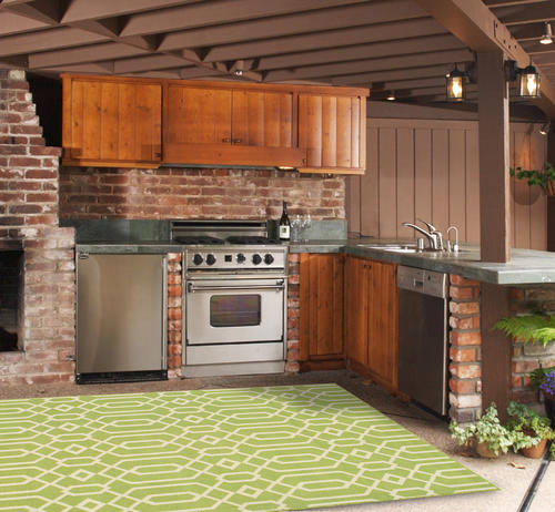 """Designers Image™ Beachcomber Green Indoor/Outdoor Area Rug 6'7"""" x 9'6"""""""