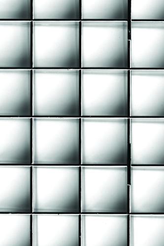plaskolite 23 75 x 47 75 silver egg crate louver light panel at