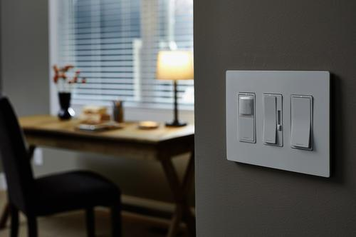 Legrand radiant® 15 Amp Single Pole Lighted Decorator Switch