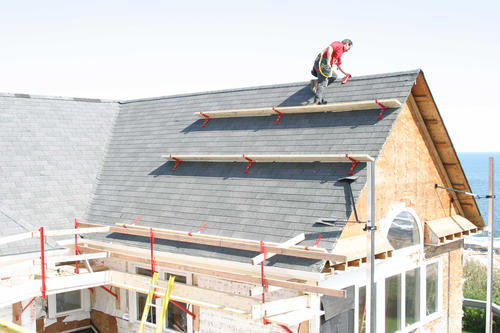 Qualcraft 174 10 Quot Adjustable Roof Bracket At Menards 174