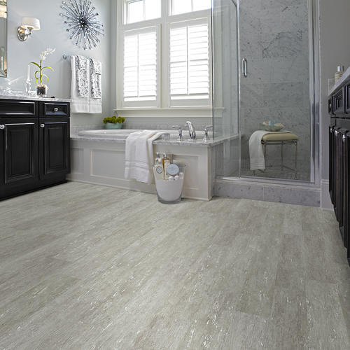 ShawR Paramount Floating Vinyl Plank Flooring 591 X 3684 1814 Sqft Pkg At MenardsR