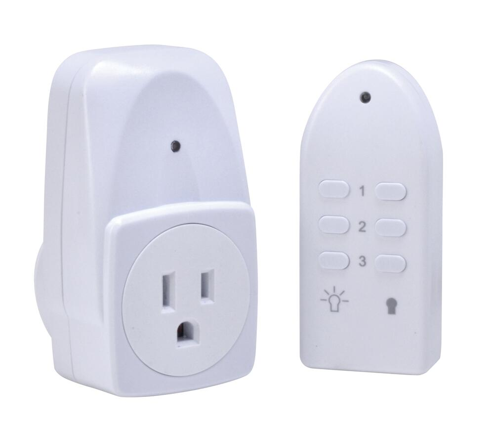 Woods Indoor Wireless Remote Control Outlet At Menards