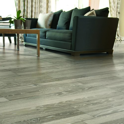 Mohawk Proclaim 7 1 2 X 47 1 4 Laminate Flooring 22 09 Sq Ft Ctn At Menards