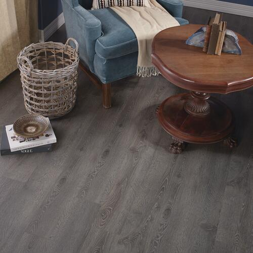 Mohawk The Manor Cortland 6 1 8 X 54 11 32 Laminate Flooring