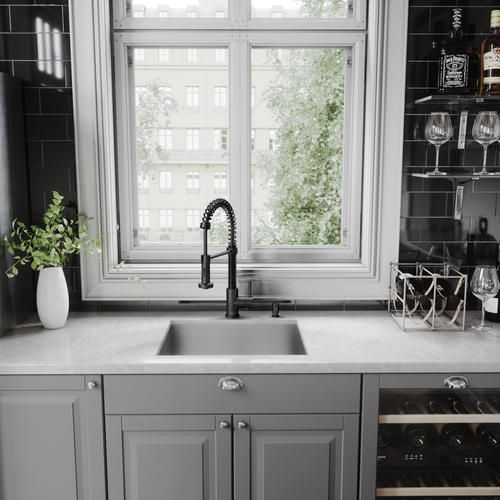 VIGO Edison One-Handle Pull-Down Matte Black Kitchen Faucet ...