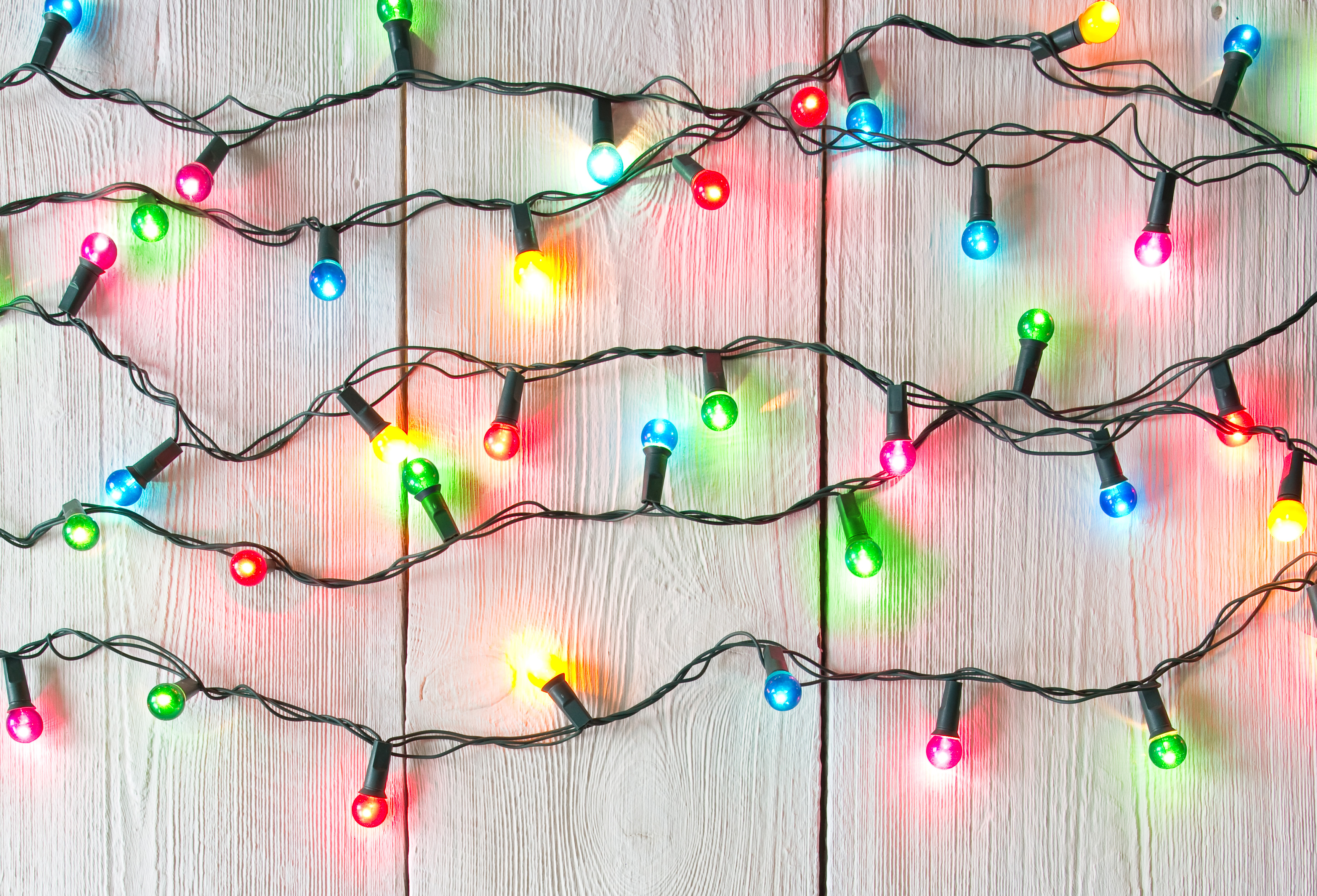 how to decorate with icicle lights.htm how to decorate outdoors with christmas lights at menards    christmas lights at menards