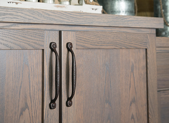Casual Style Cabinet Hardware